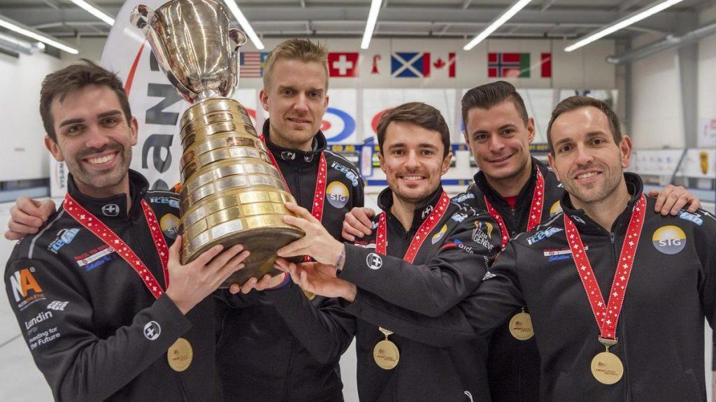Un quatrième titre national élite pour le Team de Cruz. De gauche à droite: Peter de Cruz, Havard Vad Petersson (coach), Benoît Schwarz, Valentin Tanner et Sven Michel.